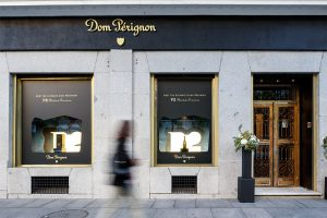 DOM PERIGNON POP UP TIENDA RETAIL MADRID MONDOLIRONDO