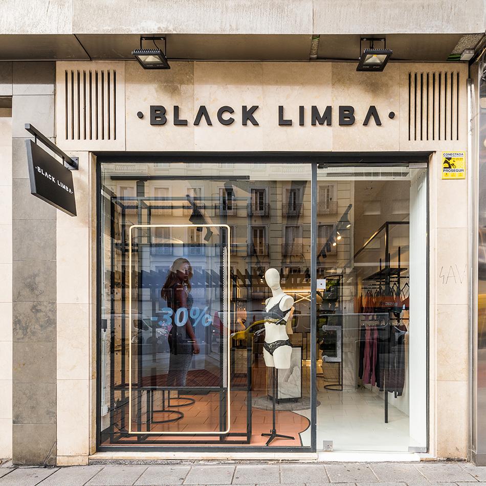 REFORMA FOTOGRAFO ARQUITECTURA INTERIORISMO LOCAL MADRID BLACK LIMBA MARTA BANÚS