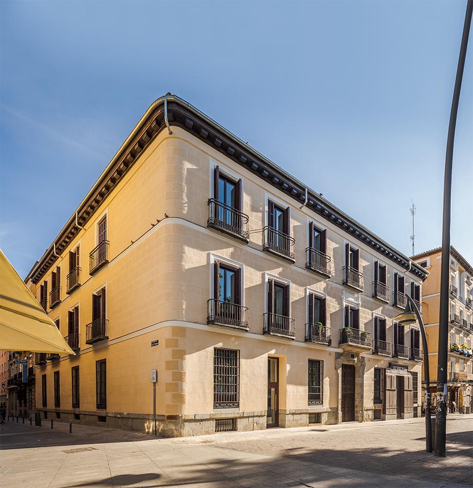 KNIGHT FRANK JULIO TOUZA PROMOCION OBRA NUEVA MADRID TIRSO PALACIO REFORMA LUJO